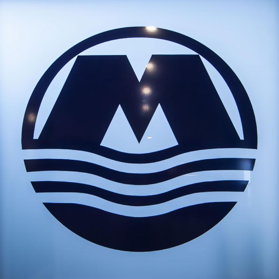 Monson-900x900